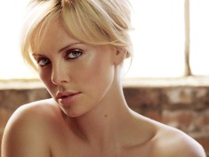 39-Charlize-Theron